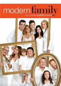 Modern Family: Season 8 DVD - 70855 DVDF