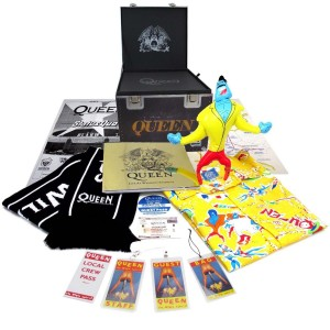 Queen - Live At Wembley Stadium Super Deluxe Gift Box S-M CD - 50232 0945100